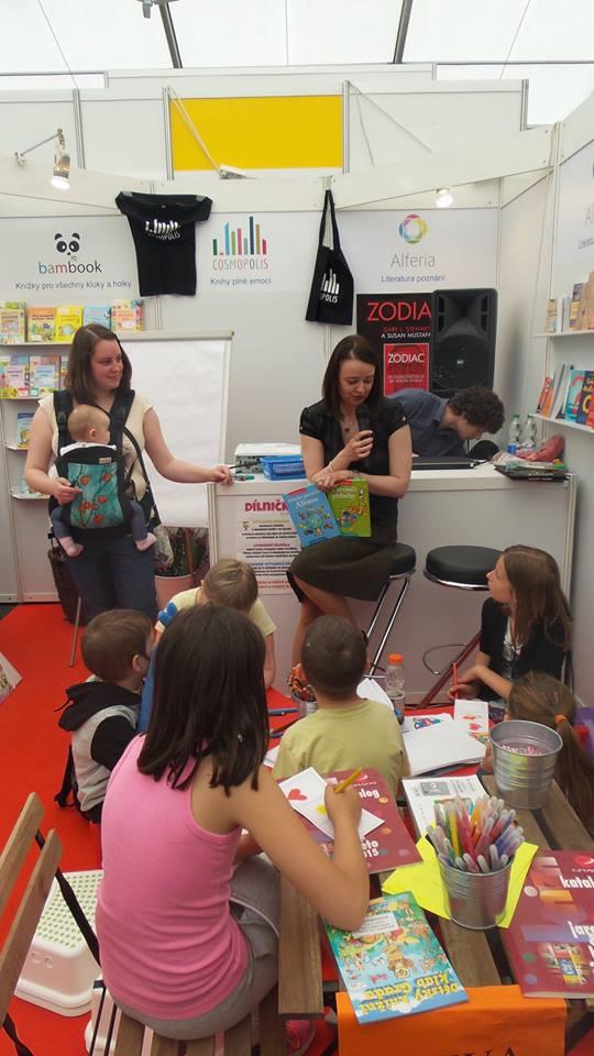 Autorské čtení Pavoučích příběhů, knižní veletrh Svět knihy v Praze, květen 2015